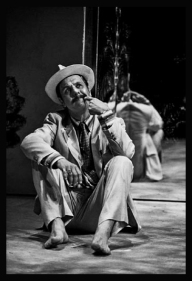 Stewart Ennis. - Benchtours - The Cherry Orchard - Photo Marc Marnie